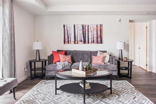 A Suite 111 -004