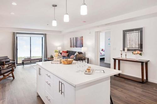 A Suite 111 -003