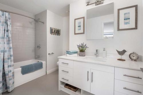 A Suite 111 -023